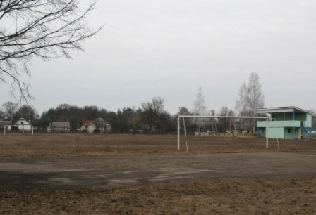 Стадион, с.Ушомир