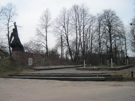 Памятник погибшим в ВОВ с.Мелени