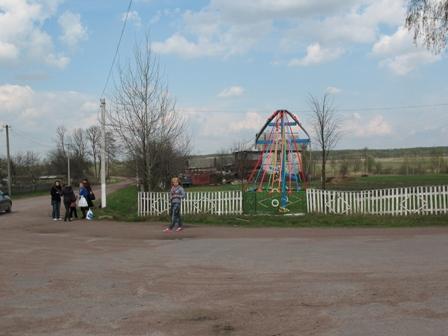 центр села Домольчь