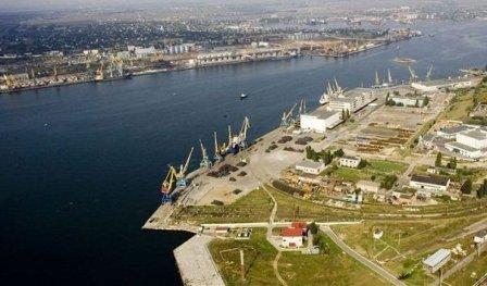 Ильичёвский порт